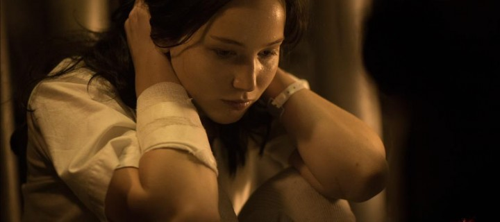 Katniss Everdeen in NEW 'Mockingjay Part 1' Still!