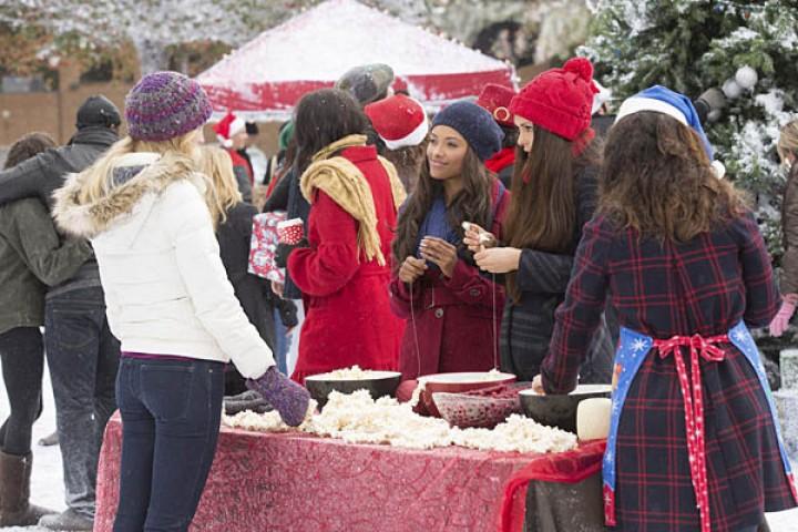 The Vampire Diaries Season 6 Christmas Episode Stills