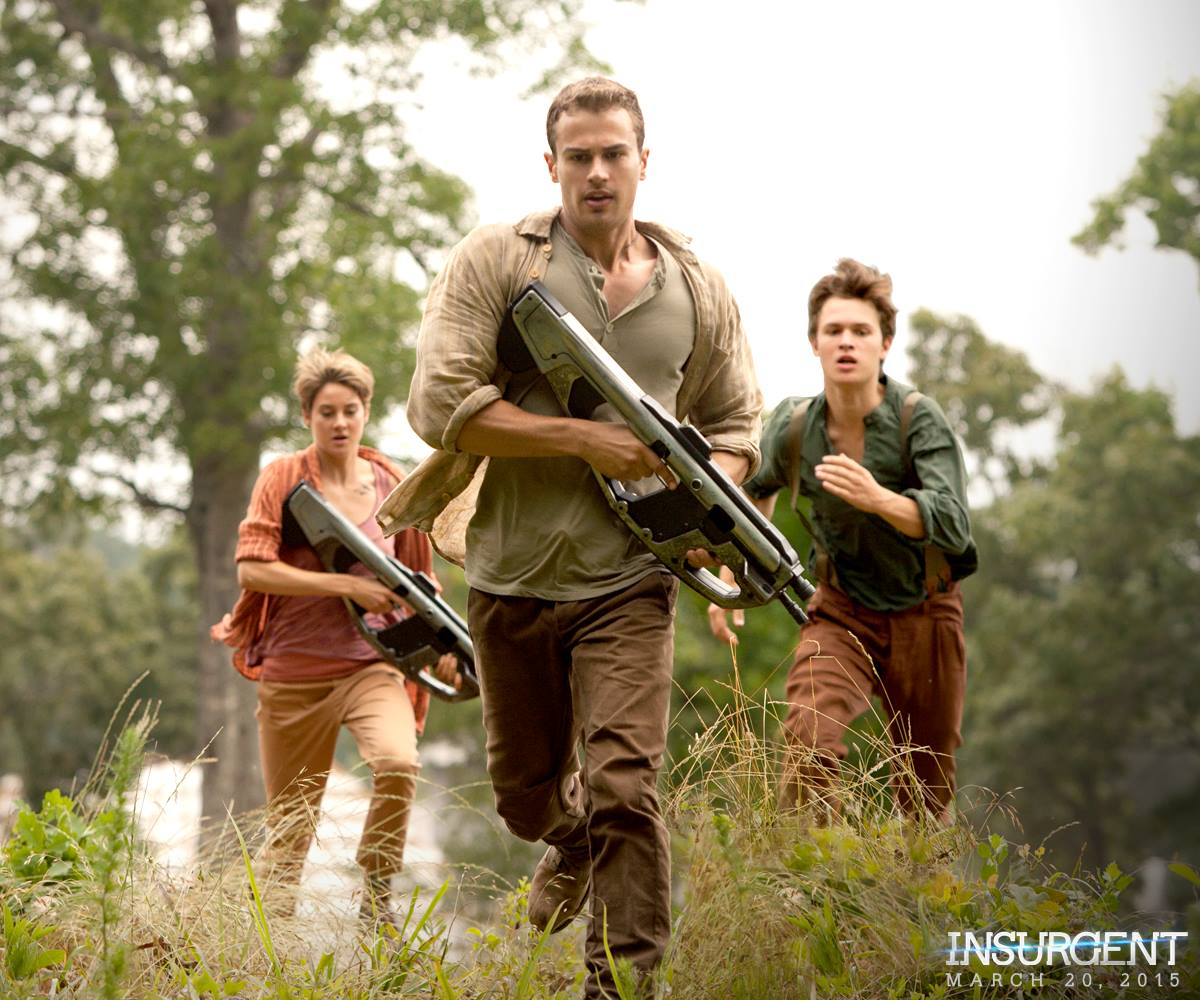 New 'Insurgent' Movie Still Shows Tris, Four, Caleb!