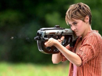 """Veronica Roth Gives Her Review of the 'Insurgent' Movie — """"It is a tense, action-packed adventure of a movie"""""""