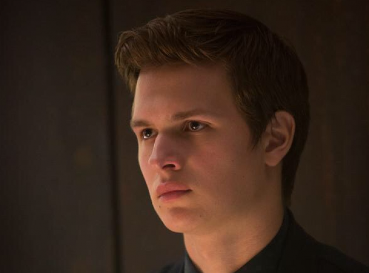 15 NEW 'Insurgent' Stills Rained Down on the Internet Today — See Them All Here!