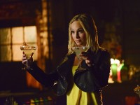 "'The Vampire Diaries' Season 6, Episode 16 Stills: ""The Downward Spiral"""