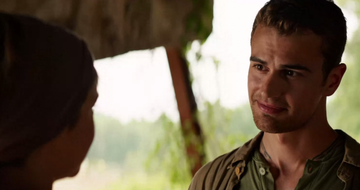 Watch Four See Tris's Haircut for the First Time in This New 'Insurgent' Clip!